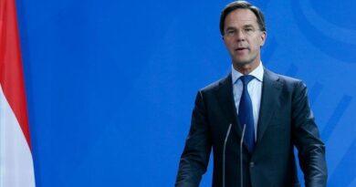PM Belanda kagum pada gadis Turki penulis buku demokrasi