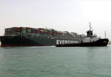 Turki tawarkan bantuan untuk kapal yang terdampar di Terusan Suez
